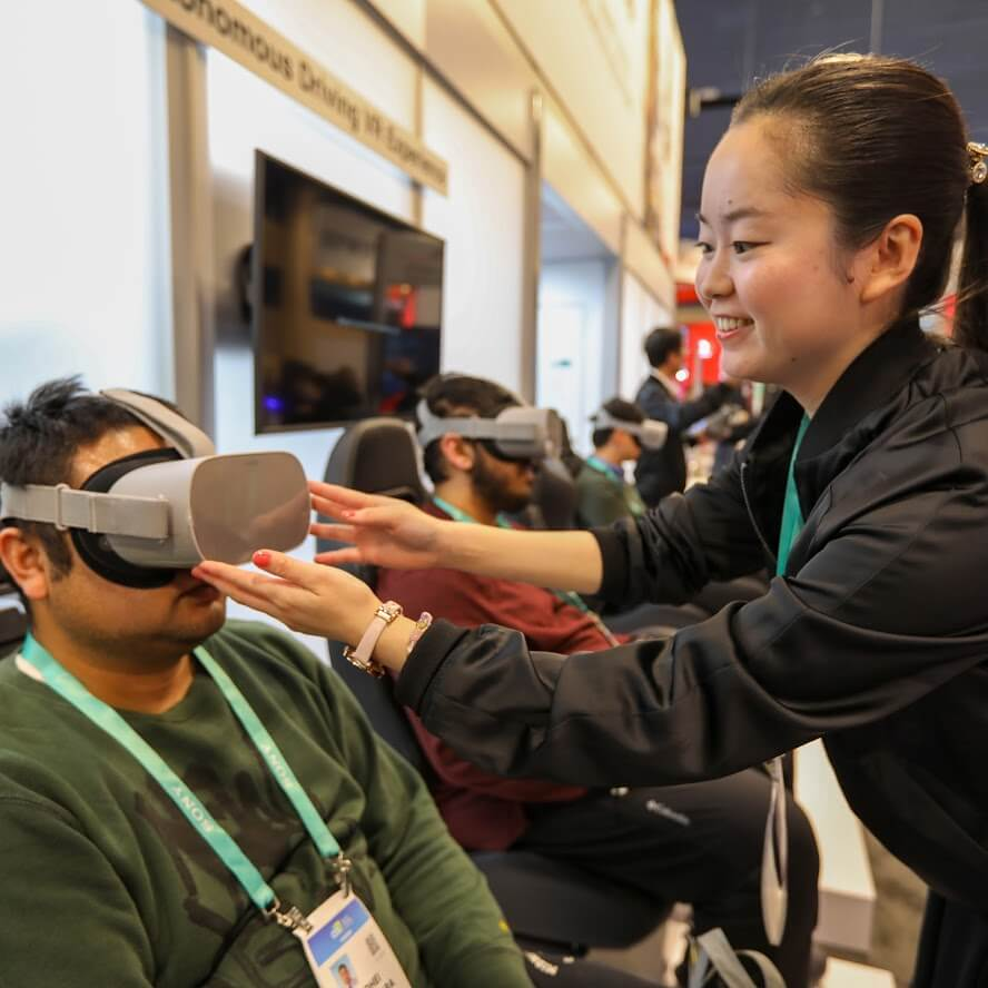 Virtual reality autonomous driving experience at Hitachi's smart cities exhibit CES 2020
